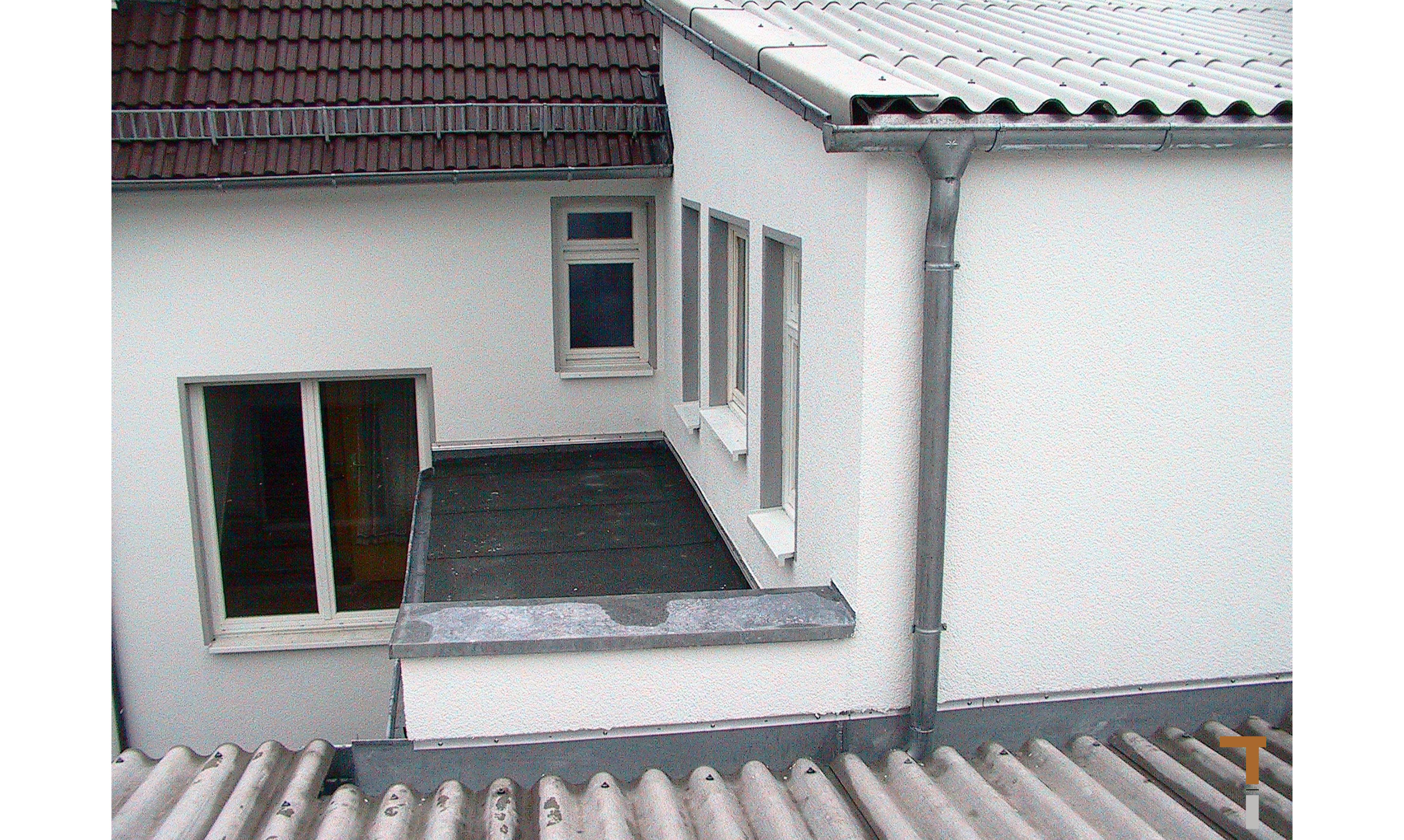 Übergang Wohnhaus zu Werkstatt Westseite